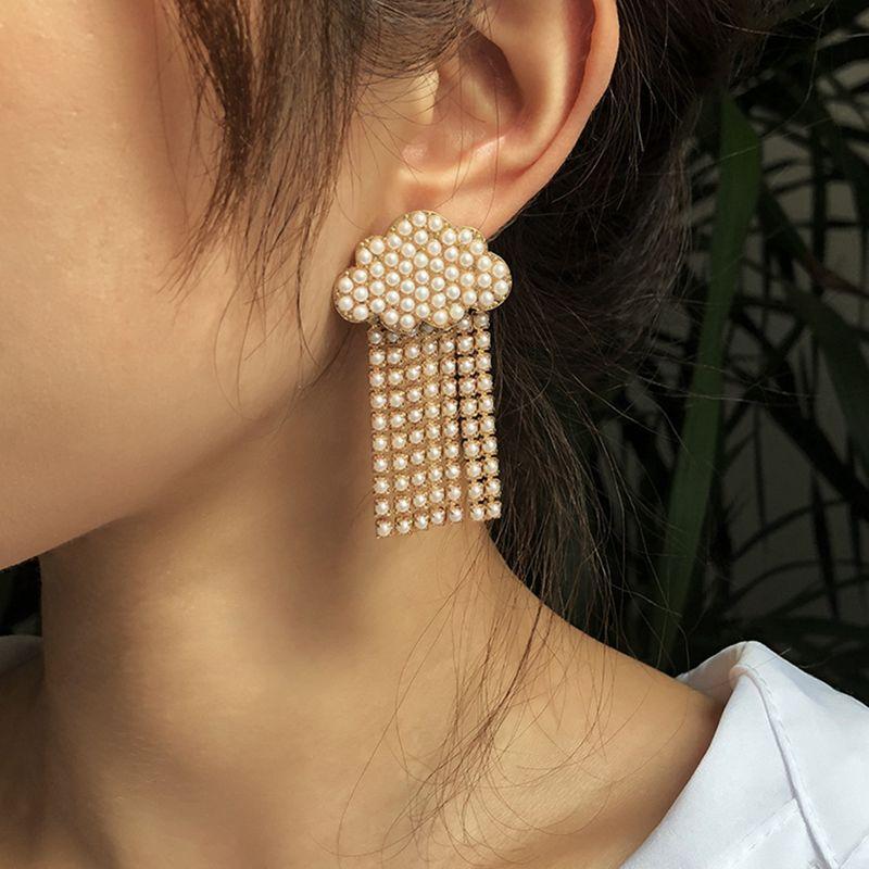hot-selling cloud fringed pearl creative earrings NHMD266526