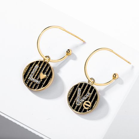 Boucles oreilles longues géométriques à aiguille en argent 925 à la mode noire NHPP266641's discount tags