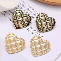 New fashion metal simple love earrings for women hot-selling wholesale NHSC266759