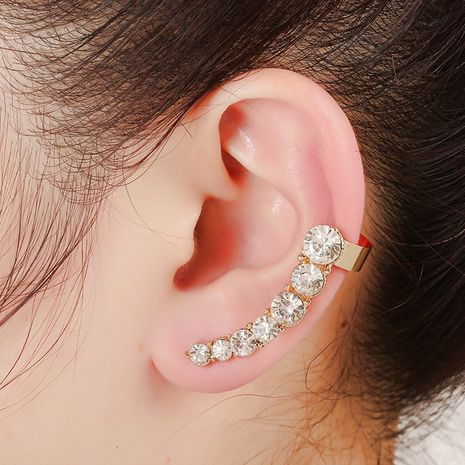 clip d'oreille en strass brillant à la mode NHYE281836's discount tags
