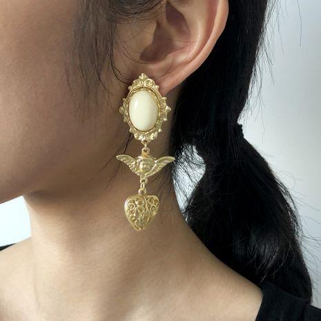 Boucles d'oreilles en résine alliage creux portrait rétro baroque NHMD281959's discount tags