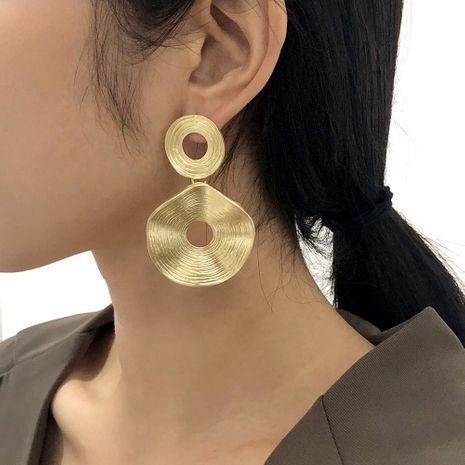 boucles d'oreilles rondes creuses irrégulières rétro exagérées NHMD281961's discount tags