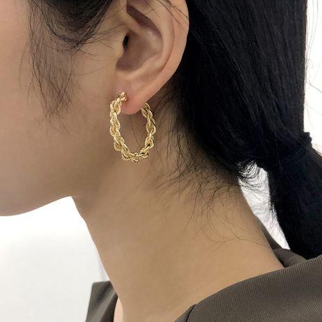 boucles d'oreilles en forme de C en métal rétro NHMD281964's discount tags