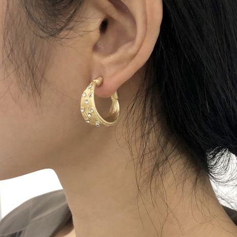 boucles d'oreilles simples rétro en forme de C en forme de C NHMD281965's discount tags