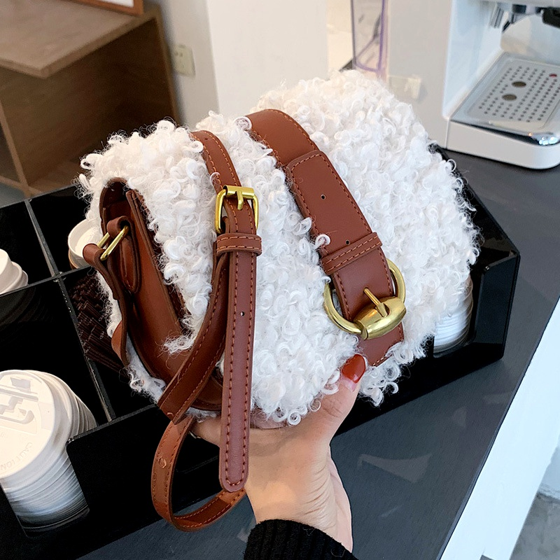 new lamb  fashion hit color  plush semicircle saddle bag NHLH282833