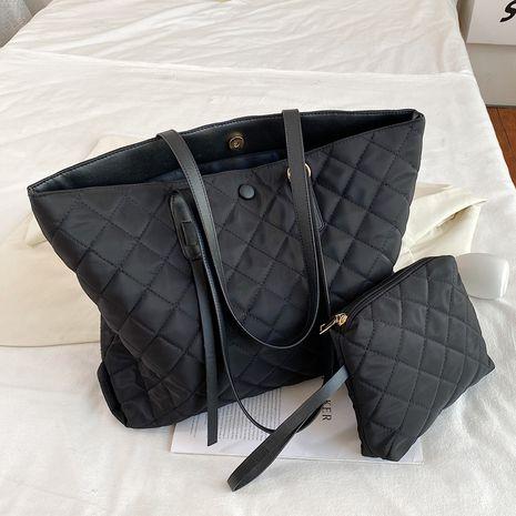 new fashion rhombic chain  nylon shoulder underarm bag NHLH282868's discount tags