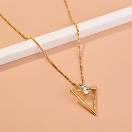 Collier à pendentif triangle serti de diamants NHAN283159's discount tags