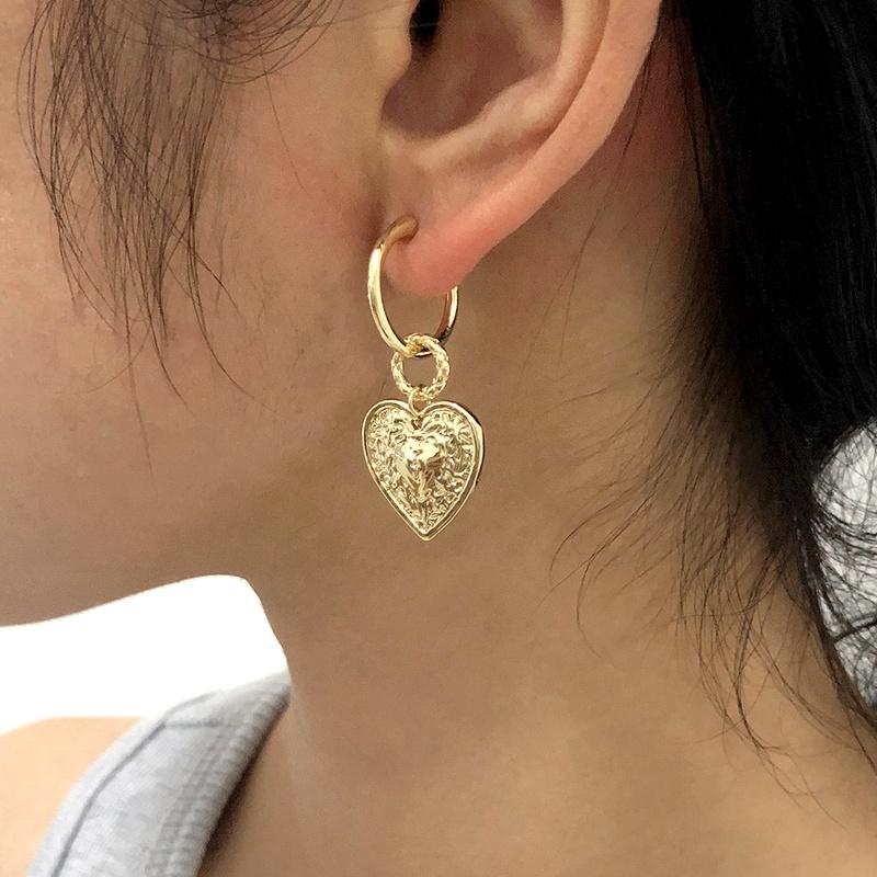 retro heart fashion earrings wholesale NHMD283285