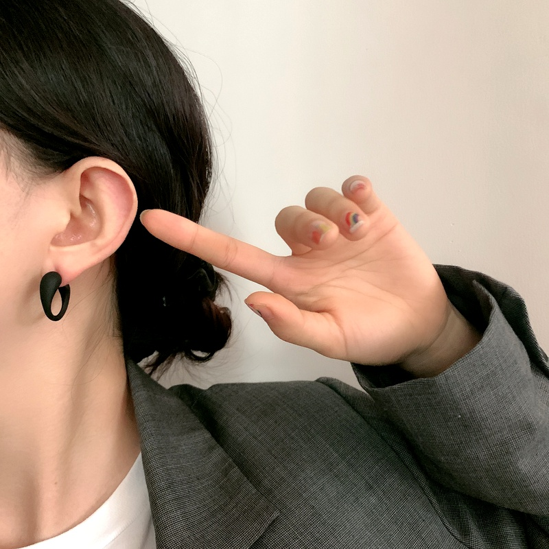 Simple metal smooth C-shaped crescent earrings NHYQ283686