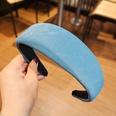 NHUX1270568-Sea-blue-corrugated-leather-flat-headband