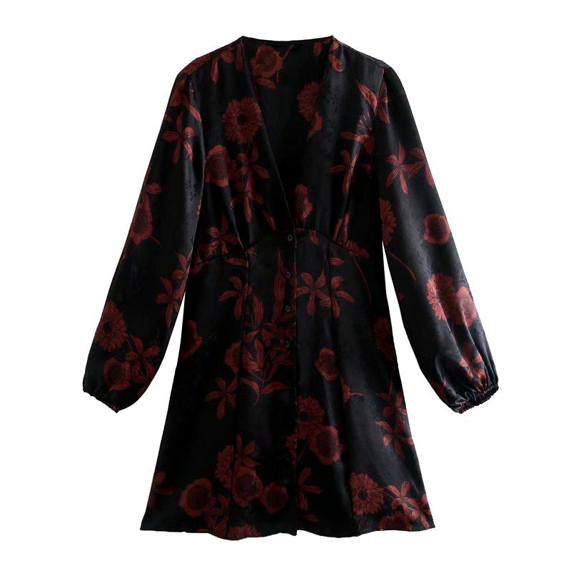 Kleid mit Blumendruck und VAusschnitt NHAM284380