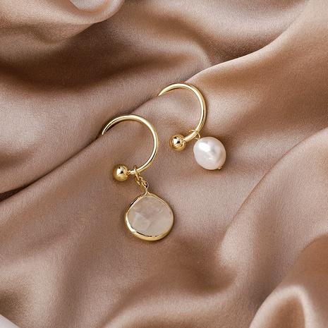 aretes asimétricos de perlas con gemas NHMS285001's discount tags