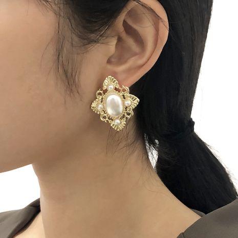 boucles d'oreilles de style palais de perles rétro baroques NHMD277266's discount tags