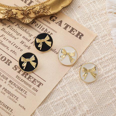 Boucles d'oreilles rétro noeud noir NHMS277437's discount tags