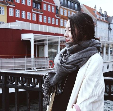 bufanda grande con borla de cachemira de color sólido NHCM285290's discount tags