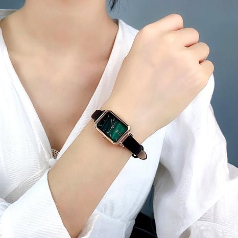 montre de ceinture imperméable verte de mode NHSR285327's discount tags