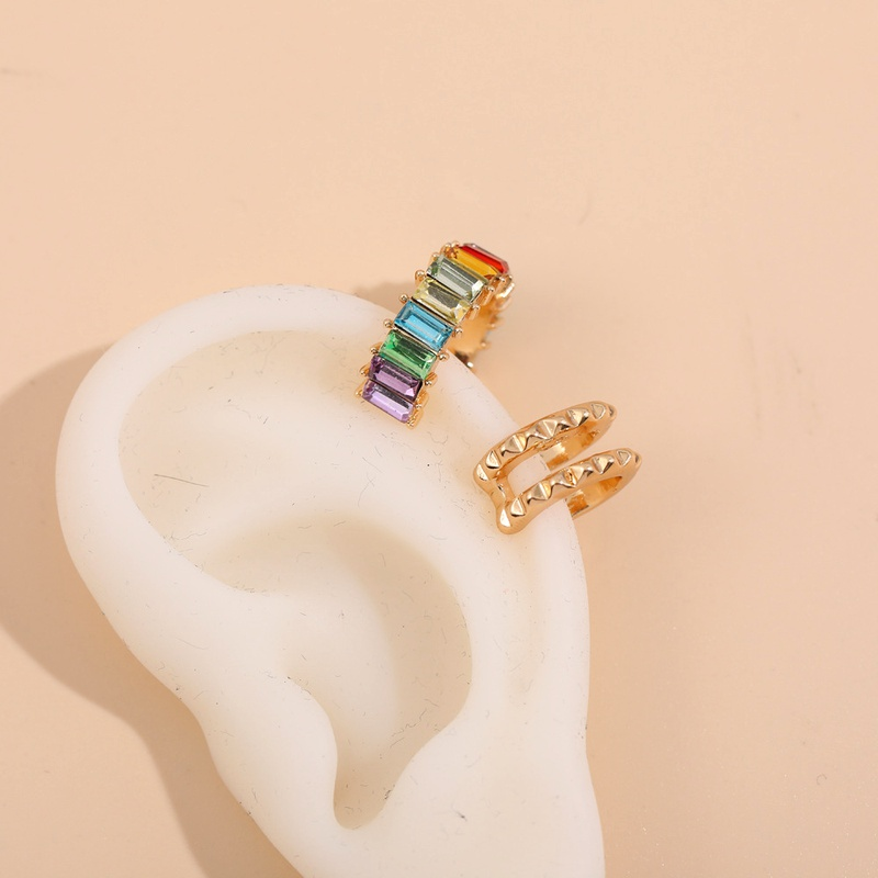 simple C-shaped colored glass diamond ear clip set  NHLL285634