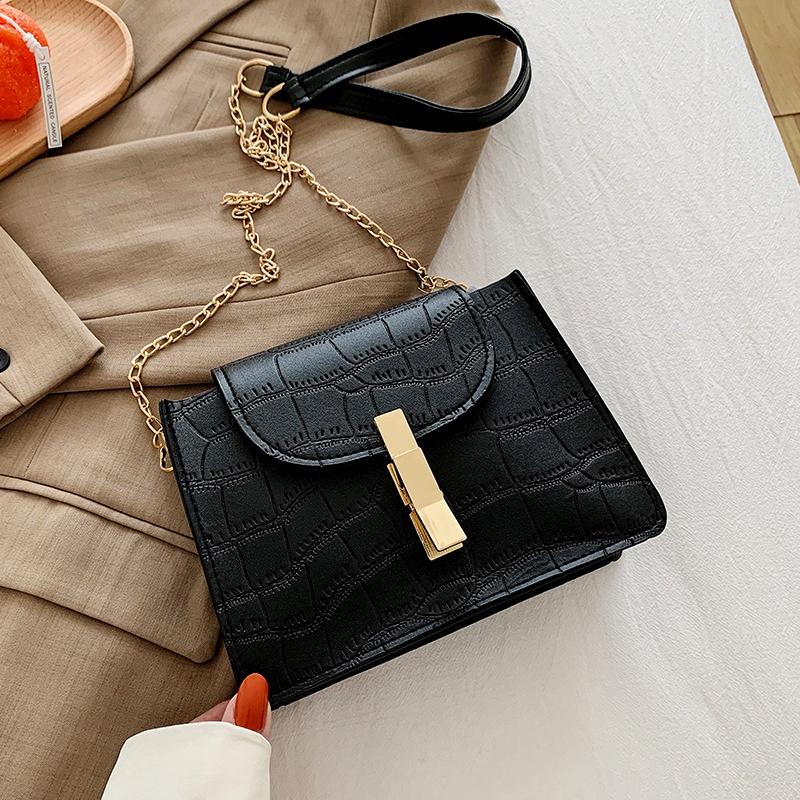 retro fashion one shoulder messenger small square bag NHRU285747