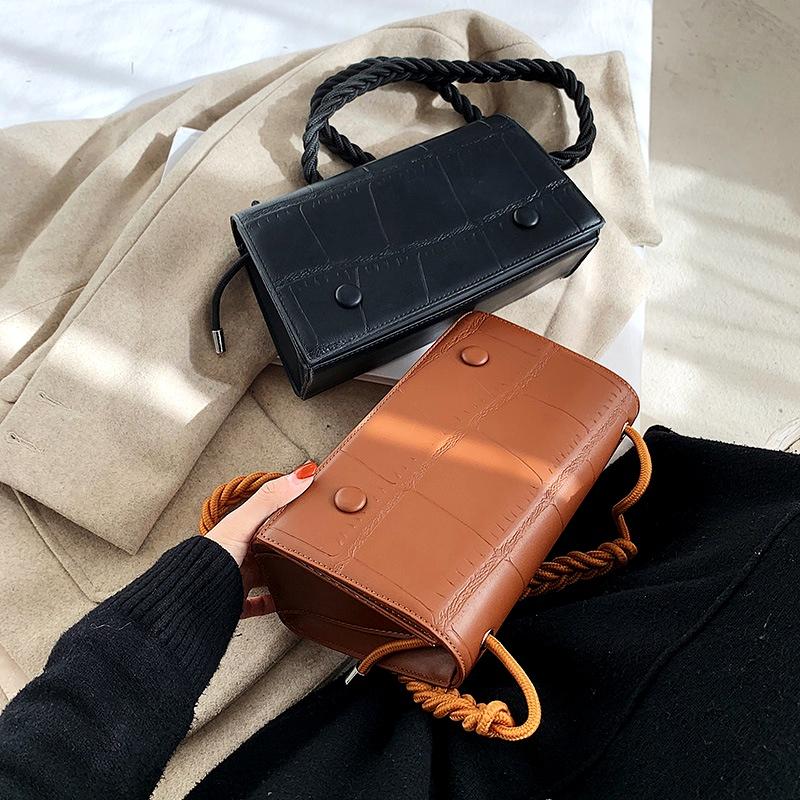 fashion underarm small square bag  NHRU285756