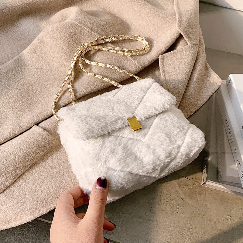 fashion furry messenger bag  NHRU285773