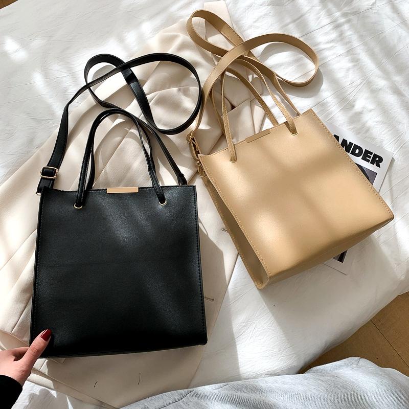 large-capacity one-shoulder messenger bag  NHRU285780