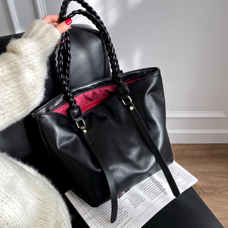 large-capacity fashion shoulder bag NHLH286037