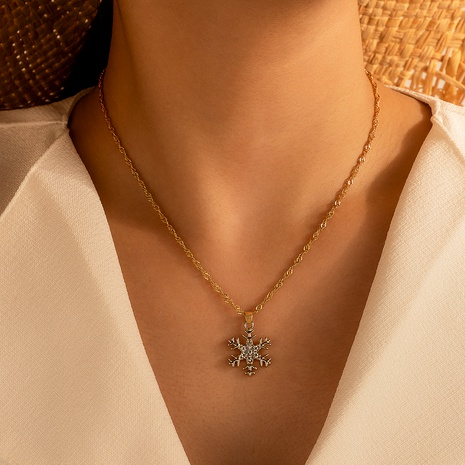wholesale alloy micro diamond snowflake pendant necklace NHGY286342's discount tags
