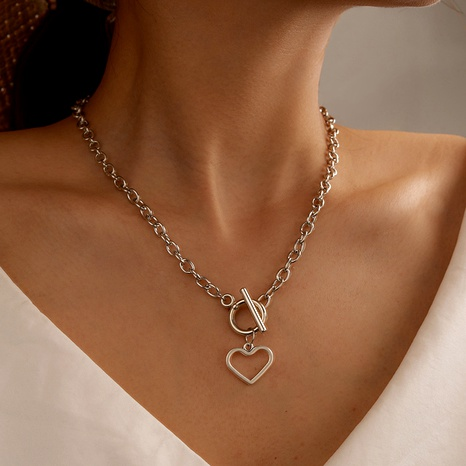 hip-hop punk alloy exaggerated heart-shaped buckle metal necklace  NHGY285579's discount tags
