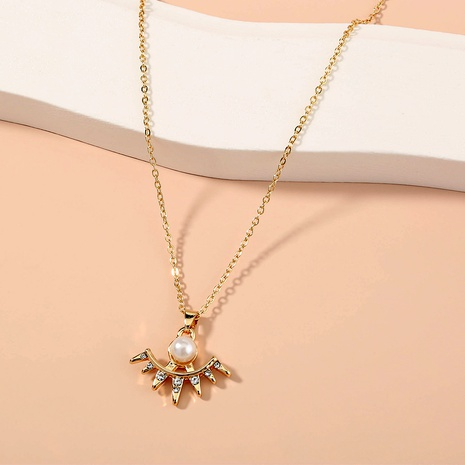 new  fan-shaped diamond-studded pearl pendant necklace  NHAN287787's discount tags
