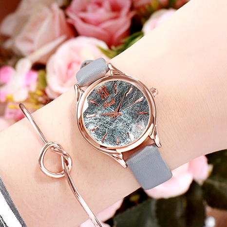 simple   fashion trendy ladies casual belt watch NHSR288299's discount tags