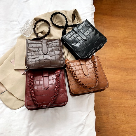 new  simple casual crocodile pattern solid color bucket bag NHLH288683's discount tags