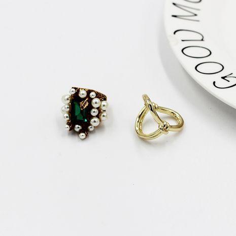 Fashion retro simple pearl diamond metal ring NHWJ277759's discount tags