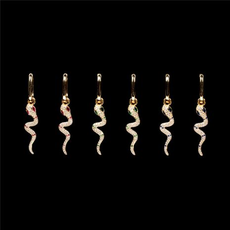 aretes con colgante de serpiente de circonitas de colores con micro incrustaciones NHPY278955's discount tags