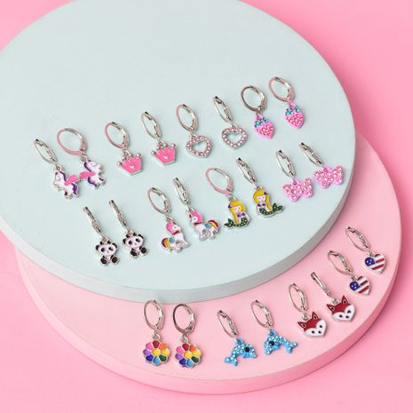 Conjunto de pendientes de diamantes de aleación retro NHSD279155's discount tags