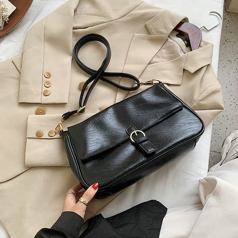 retro large capacity soft leather shoulder messenger underarm bag NHJZ279960's discount tags