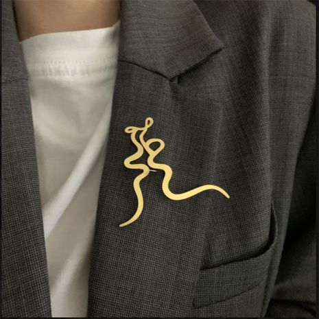 simple retro gold-plated brooch NHYQ280153's discount tags