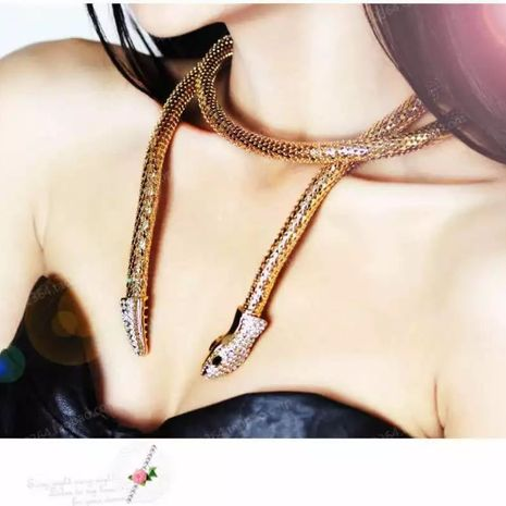 creative exaggerated snake-shaped hollow alloy inlaid rhinestone necklace NHLN280263's discount tags
