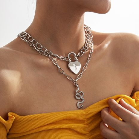 collar de serpiente con candado retro en forma de corazón de borla de doble capa NHXR280467's discount tags