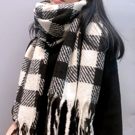 black and white plaid long fringed scarf NHFS289879's discount tags