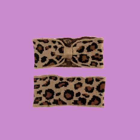 Retro leopard bow elastic fashion wild warm outdoor knitted Korean trend headband for women NHTQ267108's discount tags