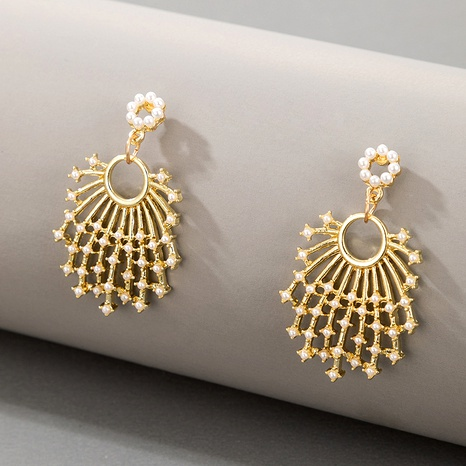 aretes de perlas en forma de abanico NHGY290063's discount tags