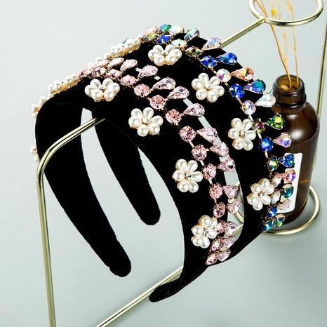 diadema de terciopelo con flor de perlas con diamantes NHLN293661's discount tags