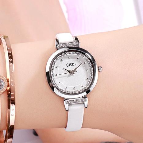 reloj casual simple de diamantes NHSR294225's discount tags