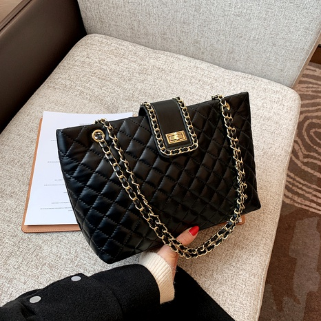 new trendy fashion large-capacity diamond chain messenger shoulder bag NHJZ294703's discount tags