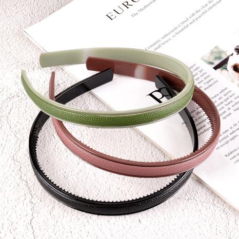 diadema de plástico de cuero simple NHAQ295480's discount tags