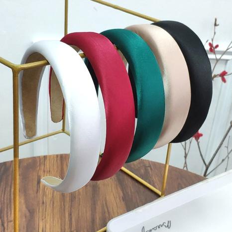 breitkrempiges Satinschwamm-Stirnband NHAQ297025's discount tags