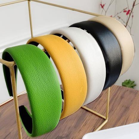 einfarbiges Stirnband aus Leder mit breiter Krempe NHAQ297037's discount tags