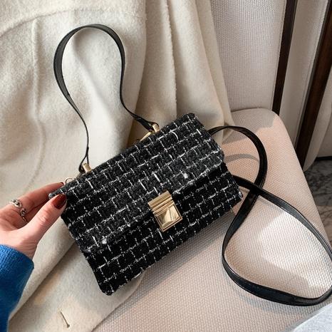 Mode Messenger Umhängetasche NHRU297859's discount tags