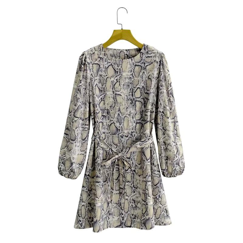 vestido de manga larga con cuello redondo y estampado de serpiente NHAM290278