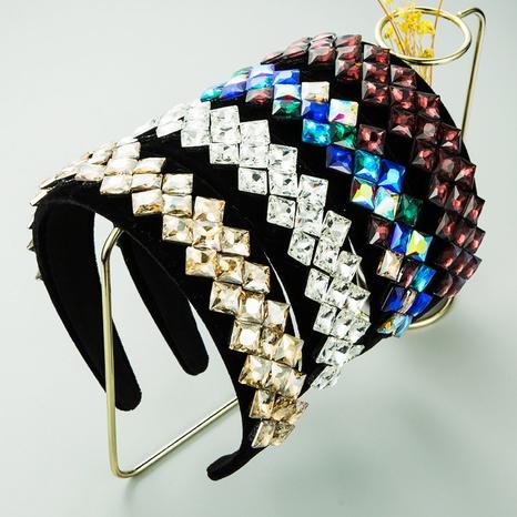 diamond-studded glass headband NHLN298224's discount tags